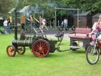Traction Engine (mini!) and Coach